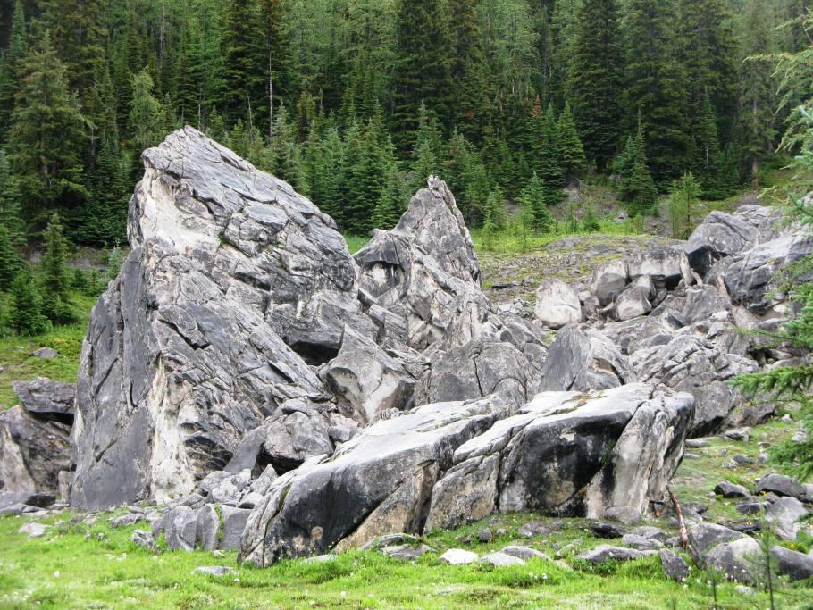 Strange rocks called Elephant  Rocks
