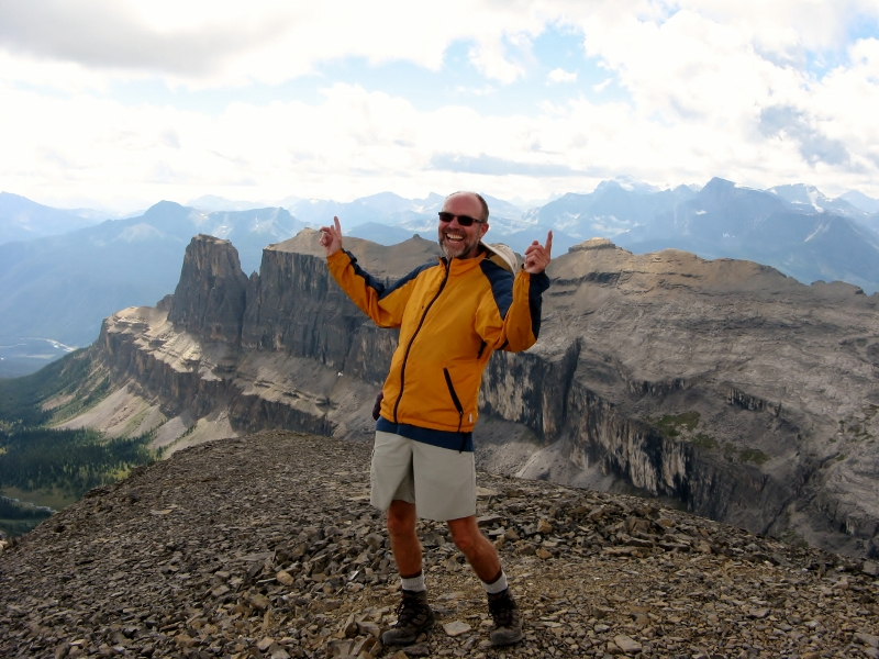Hamming it up with Castle Mt behind