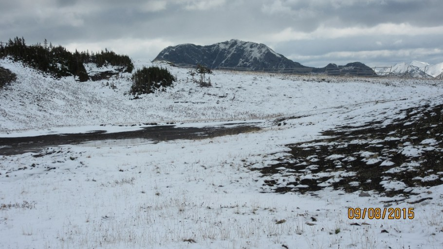 At the snow fence turn forthe trail passed this tarn