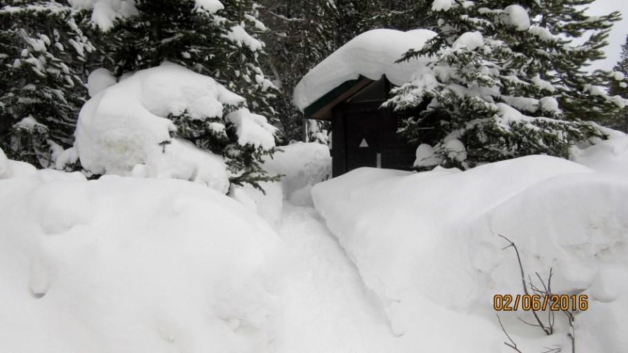Good snow depth at the Loo Lake O'Hara parking