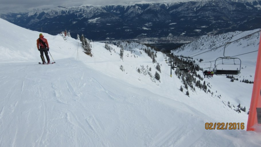 Cat Track down Redemtion Ridge Fuez Bowl left Crystal Bowl right