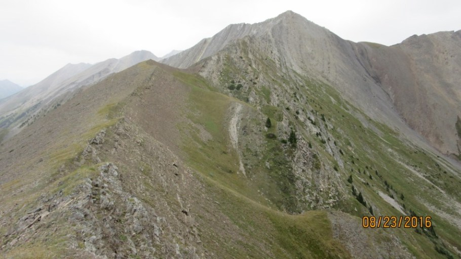 Last section of Lineham Ridge. In the center is the Post before the col