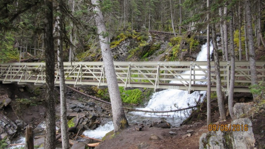 New bridge at Sarrail Creek. They are now all complete around the lake