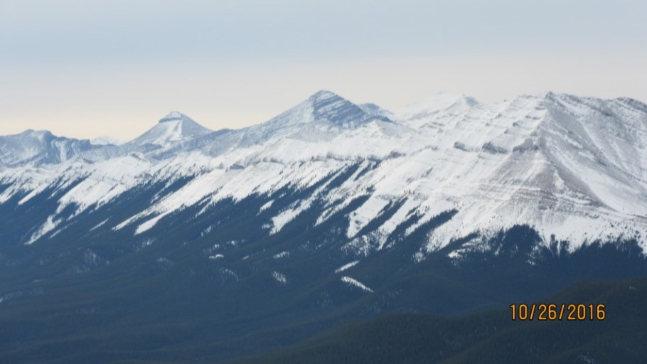 Mt Glasgow near Banded Peak far Nahahi Ridge leading into Compression Ridge