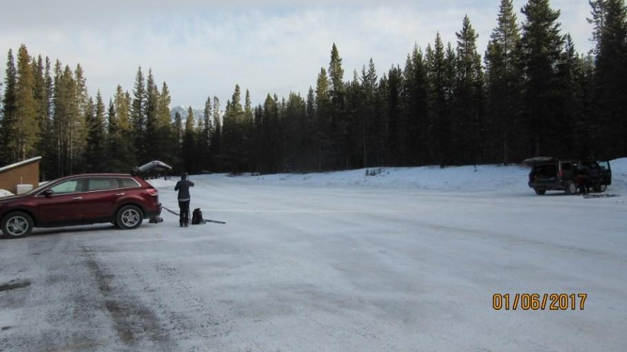 Bolton Creek Parking at 10:00 Friday Jan 6