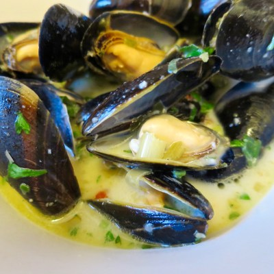 Mussels in Lemongrass Coconut Broth