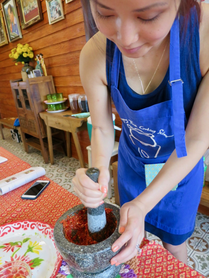 Using the mortar and pestle