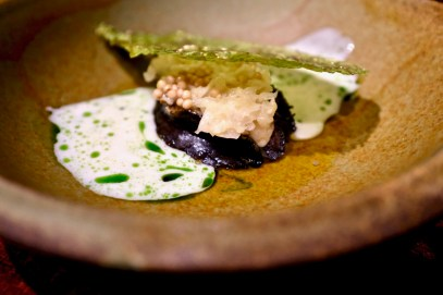 Atelier Crenn - Abalone, cabbage, smoked mussel creme