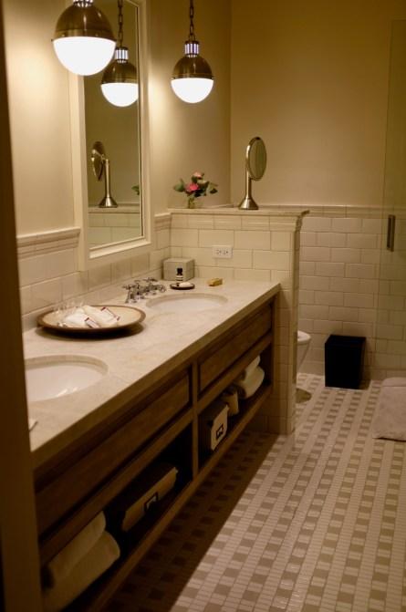 Singlethread Farm - Bathroom with fully automated toto toilet, heated floors