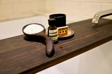 Singlethread Farm - Bath salts and candle