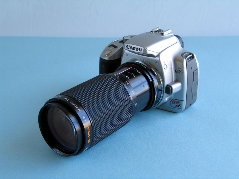 Manual Focus Lens on Canon EOS DSLR