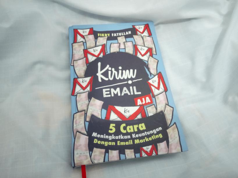 Kirim Email Aja – Bongkar Buku Email Viral