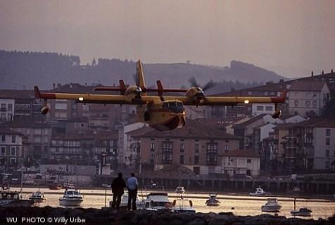 Hidroavión. San Vicente. Cantabria. WU PHOTO © Willy Uribe. Tengo Sitio Libre.