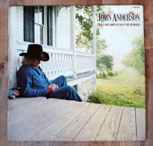 John Anderson. I just come home to count the memories. Tengo Sitio Libre. Blog de Willy Uribe