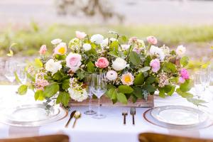 Wimbee Creek Farm designs tablescapes for your event!