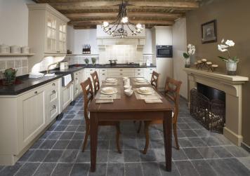 Keukencentrum Wim van der Ham - Handgemaakte landelijke keuken 04