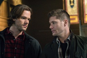 """Supernatural -- """"Hell's Angel"""" -- ImageSN1118A_0142.jpg -- Pictured (L-R): Jared Padalecki as Sam and Jensen Ackles as Dean -- Photo: Liane Hentscher /The CW -- © 2016 The CW Network, LLC. All Rights Reserved"""