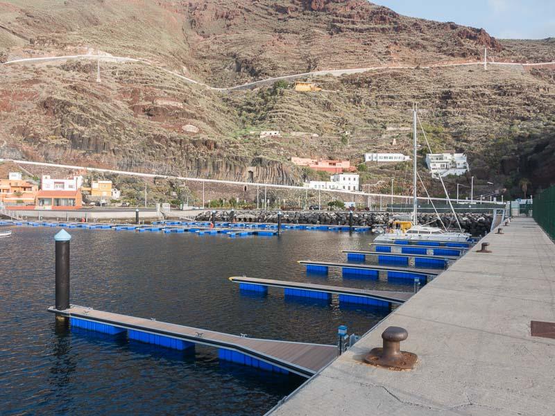 "El Hiero: ""The harbour is full"""