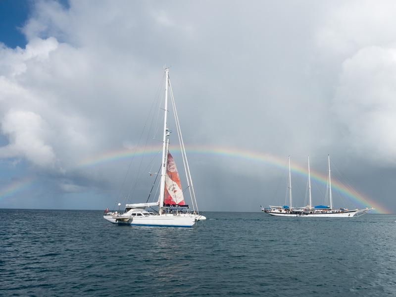 Mayreau Tobago Cays: Regenbogen am Morgen