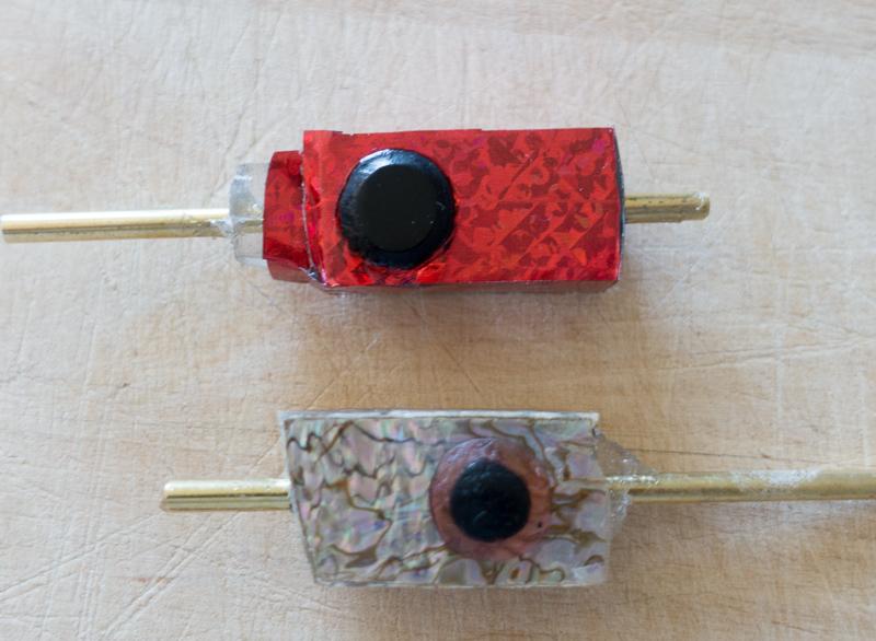 Schleppangel Köder selber machen: die Inserts, hier mit Folie oder Muschelpatt beklebt