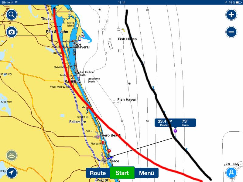 Hurricane Matthew: rote Kurve war die vorhergesagte Zugbahn, die schwarze Kurve dann die tatsächliche Zugbahn.