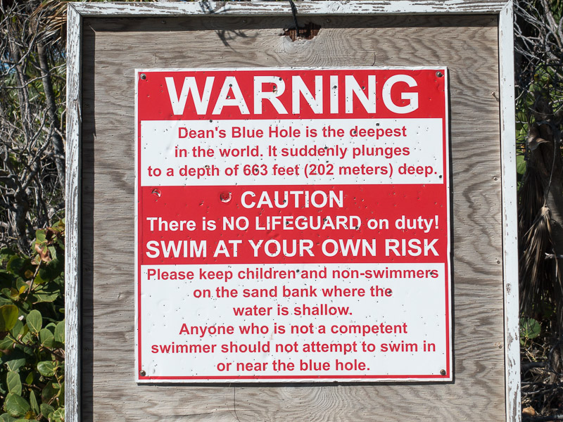 Long Island: Warnung am Blue Hole