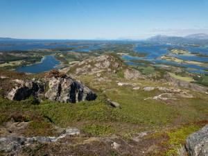 Torghatten: Fels mit Loch und Aussicht