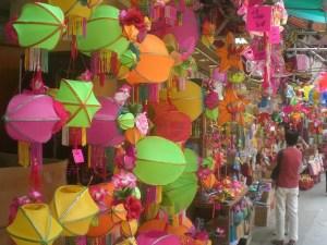 Mid Autumn Festival Lanterns Shop Hong Kong (credit: Tiamyaium)