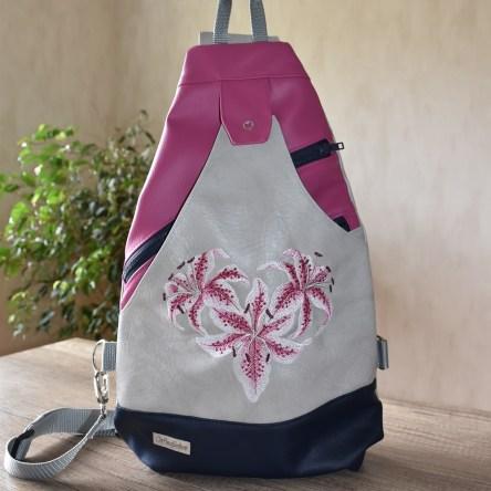 Lilienherz Sling Bag