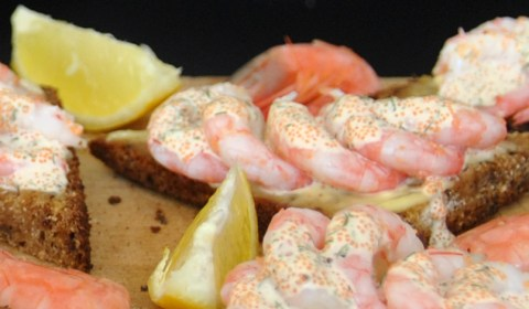shrimp toast recipe, katkarapuleivät