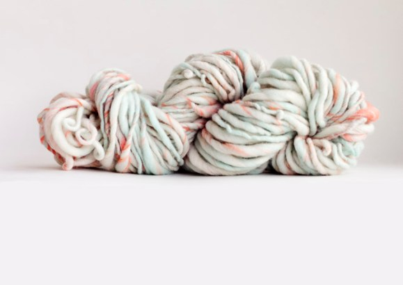 handspun yarn, winding the skein, merino, thick and thin yarn,