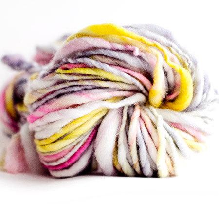 handspun yarn, winding the skein, merino, thick and thin yarn,