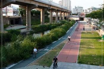 ∥2012。韓國自由行∥ Day3-5 釜山 溫泉川(온천천)散步 - 好想繼續走下去哪~