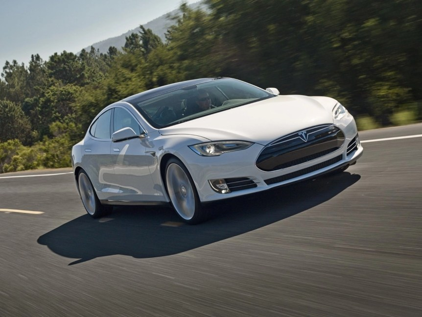 Increase the Range of Electric or Hybrid Vehicles with Automotive Window Film 3