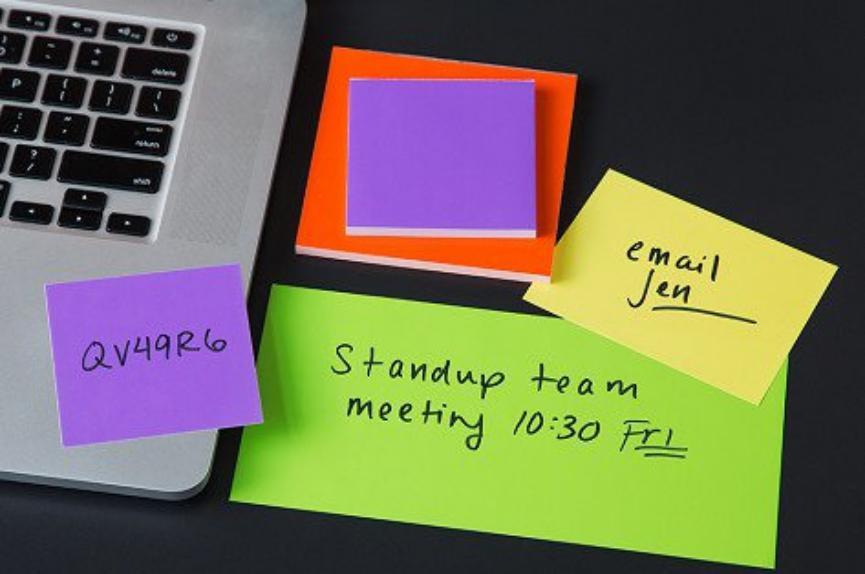 Sticky Notes ya te permite Agregar Imágenes: Te enseñamos cómo