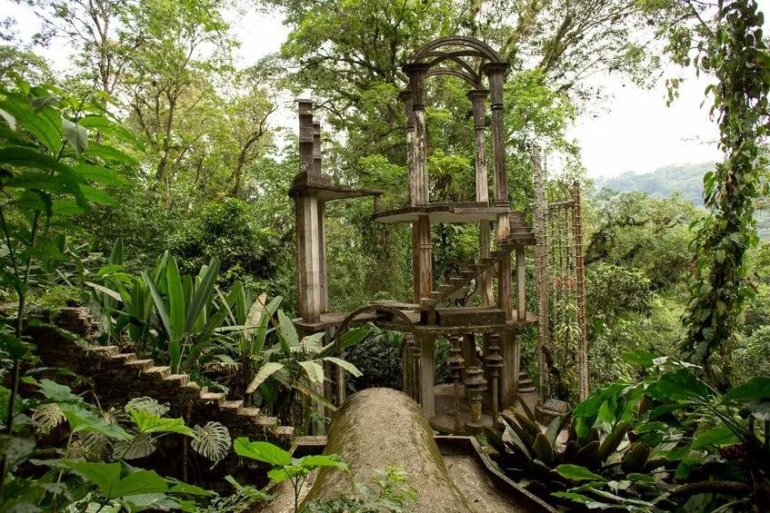 Las Pozas Garden, Mexico BarnaTanko123rf