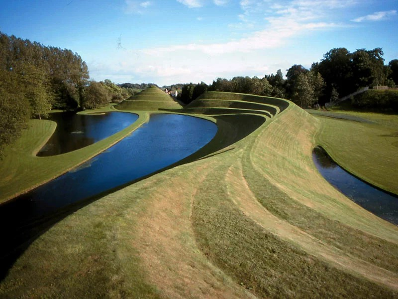 The Garden of Cosmic Speculation, Scotland toplistic