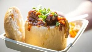 Street-Food-Around-the-World-Africa-Bunny-Chow