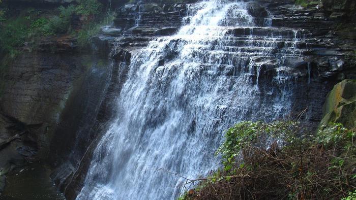 air dapat menyebabkan terjadinya erosi