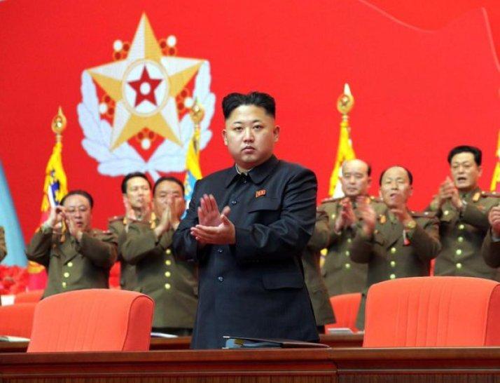 pemimpin komunis kim