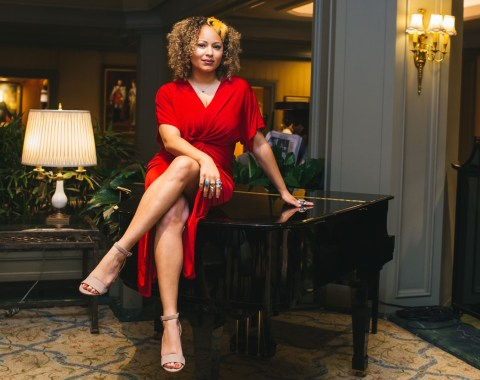 The Songbird of New Orleans Robin Barnes performs in Polo Club Lounge each Friday and Saturday night