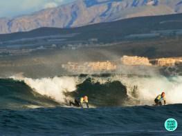 Волны в Лас Америкас