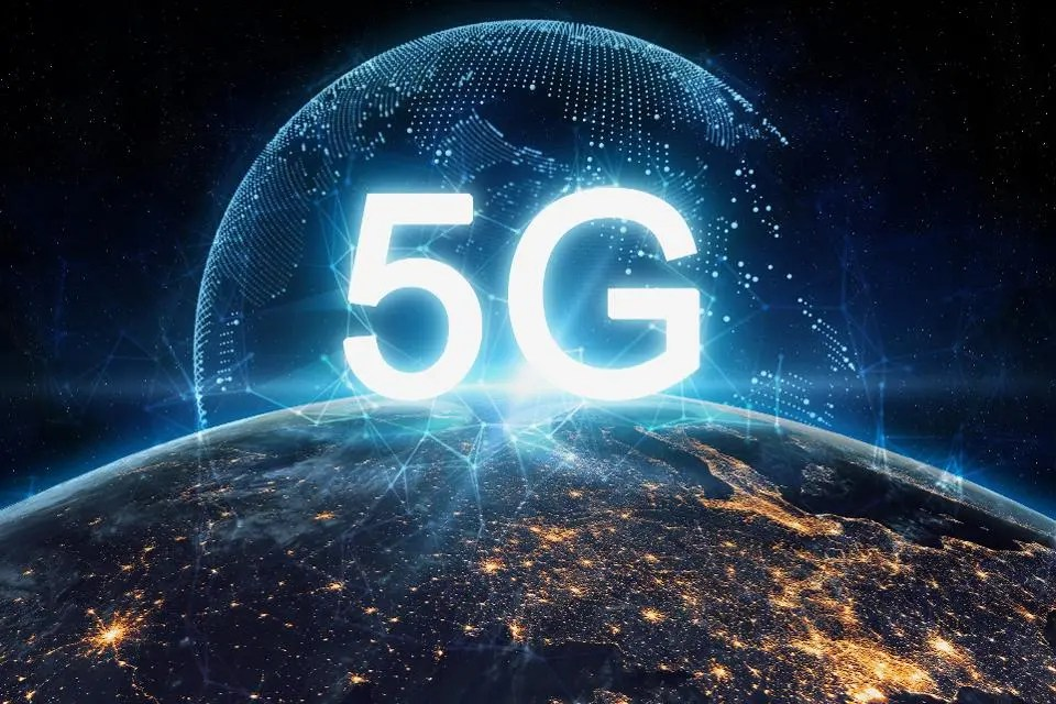 red 5g moviles