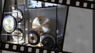 Introducing the Gongs
