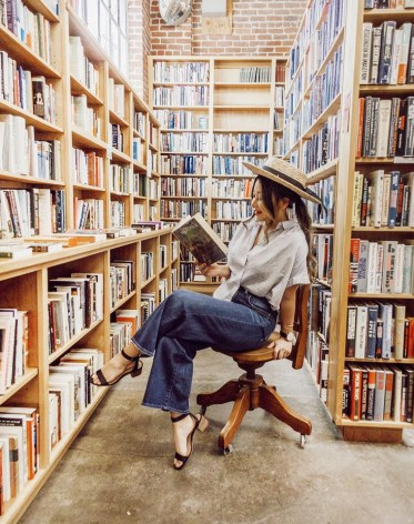 10-Books-to-Read-This-Summer-If-You-Want-to-Improve-Yourself-the-everygirl