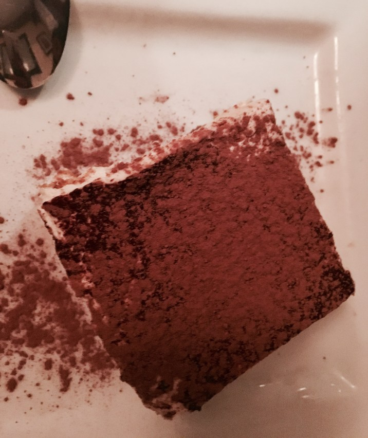 Restaurant Review on the Tiramisu at Trattoria Gianni in Lincoln Park