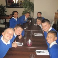 Rosa 12 lunch with Year 6