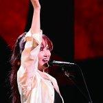 中島みゆき「糸」ドラマ「聖者の行進」主題歌をカバーした男性歌手や「時代」の英語版