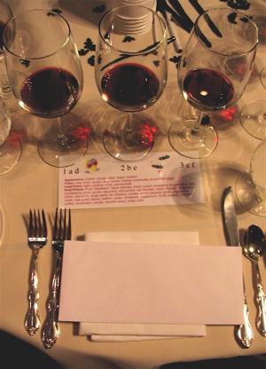 Winebat table setting