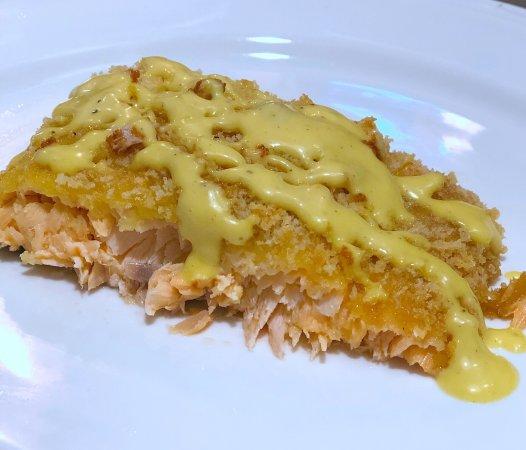 Easy Oven Baked Panko Crusted Salmon with Maple Mayo